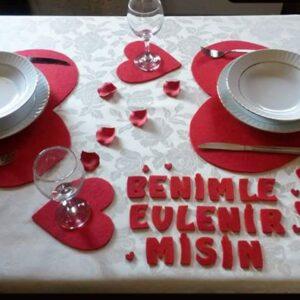 Keçeden Kalpli Yemek Seti Evlilik Teklifi